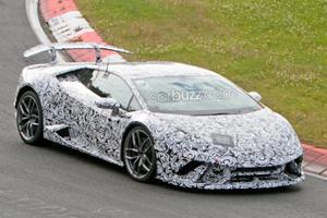 Even In Camo, The Lamborghini Huracan Superleggera Looks Epic