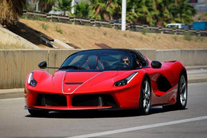 This Is Our First Look At The LaFerrari Aperta Out On The Track