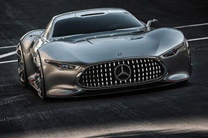 An All Mercedes-Benz Dream Garage Is Truly Drool-Worthy