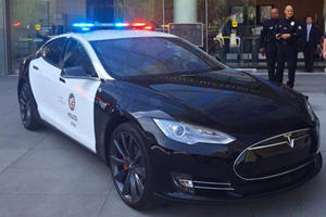 The LAPD Is Actually Going To Outfit A Tesla Model S For Patrol Duty