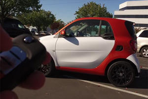 The 2017 Smart ForTwo Is Just As Ridiculous As You Thought