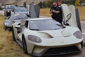 Two Ford GTs Were Pulled Over For Doing 101 MPH And Got Off Scot-Free
