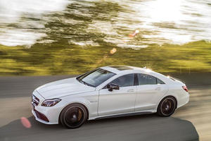 Mercedes Could Split The CLS Line To Fight The Porsche Panamera
