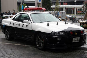 Japan's R34 GT-R Cop Car Has Just Been Caught Doing Real Police Work