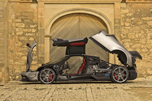The Pagani Huayra Roadster Will Somehow Be Lighter Than The Coupe