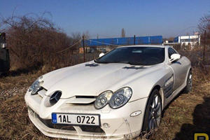 Mercedes-Benz SLR McLaren Confiscated In 2011 Remains Left For Dead