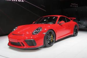 The Next Porsche 911 GT3 RS Won't Have A Manual Transmission