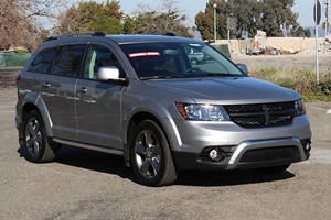 These Are The Worst Three-Row Crossovers You Can Buy