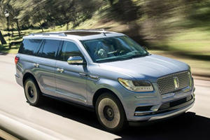 The 2018 Lincoln Navigator Is Here And It's Glorious Once Again