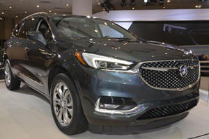 Is The New 2018 Buick Enclave Avenir A Genuine Audi Q7 Competitor?