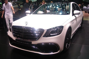 The New Mercedes-Benz S-Class Looks Majestic In The Metal