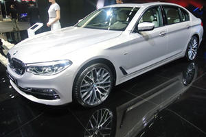 Long-Wheelbase BMW 5 Series Li Revealed At Auto Shanghai