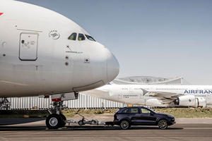 Watch A Porsche Cayenne Tow A Jumbo Jet To Break New Record