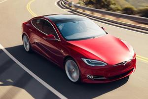 Apple Could Take Over Tesla Using Massive Cash Reserves