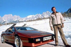 Sir Roger Moore Drove Some Of The Coolest James Bond Cars