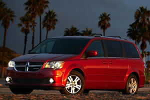 Dodge Recalls Nearly 300K Grand Caravans For Faulty Airbags