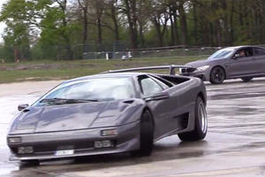 This Guy Makes Drifting A Lamborghini Look Extremely Difficult