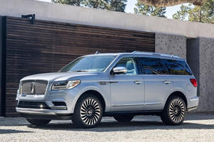 New Lincoln Navigator Gets Priced With The Cadillac Escalade In Mind
