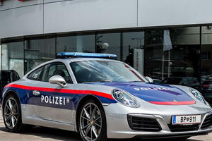 A Porsche 911 Carrera Has Joined Austria's Police Force