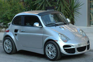 This Horribly Fake Porsche 911 Turbo Is Based On A Fiat 500