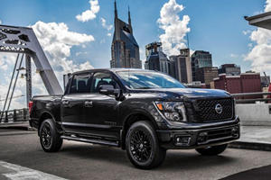 Nissan Titan and Frontier Midnight Edition Revealed
