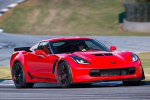 American Sports Car Drag Race: Corvette Z06 Vs. Ford Shelby GT500