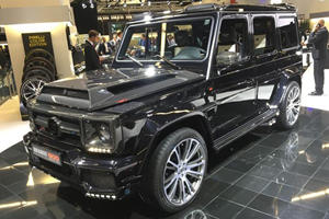 The Bonkers Brabus 900 SUV Looks Insane In the Metal