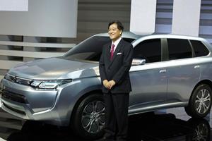 Tokyo 2011: Mitsubishi PX-MiEV II SUV Concept Returns 141mpg
