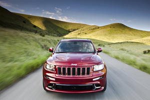 First Look: Jeep Grand Cherokee SRT8