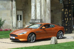 Video: Stunning Supercars En Route to Wilton House