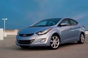 First Look: 2011 Hyundai Elantra