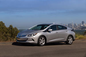 2017 Chevrolet Volt Review