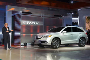Acura ILX and RDX Concepts Arrive at Detroit