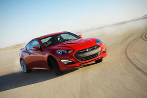 2013 Hyundai Genesis Coupe Officially Unveiled at Detroit