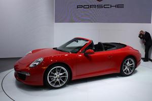 Porsche Reveals 911 Cabrio to the Crowds at Detroit