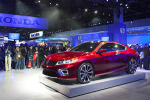 2013 Honda Accord Coupe Concept Catches the Eye in Detroit
