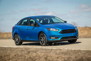 2017 Ford Focus Sedan Review