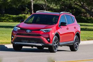 2017 Toyota RAV4  Review