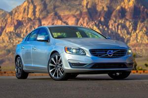 2017 Volvo S60 Sedan Review