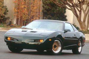 The Best Early 90s Pontiac Firebird Was Pretty Horrible
