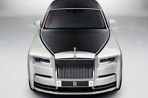 Rolls-Royce Built The New Phantom VIII For Billionaires Who Like Driving