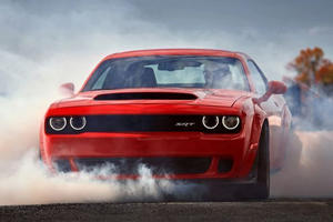 The Dodge Demon Is Slower Than The Jeep Grand Cherokee Trackhawk