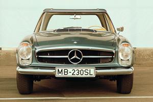 SL Evolution, Part 4: French Design Shaped the Most Elegant SL Ever