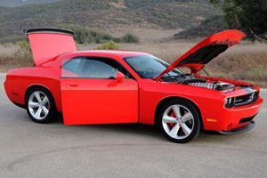 First Look - Dodge Challenger SRT-8
