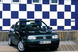 Volkwagen Golf Cabrio Set to Return in 2011