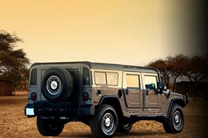 DC Design Luxes Up the Hummer H1