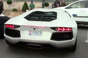 Monaco: Valet Parker Smashes Aventador into RAV4