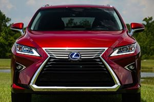 5 Features We Love About The Lexus RX, And 5 Things We Would Change