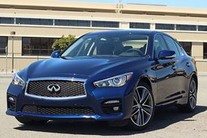 2017 Infiniti Q50 S 3.0t Review: Proving Being Average Isn't Always Awful