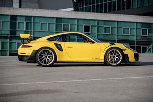 2018 Porsche 911 GT2 RS First Drive Review: A Monumental Achievement